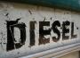 Cena diesla rośnie wolniej niż benzyn