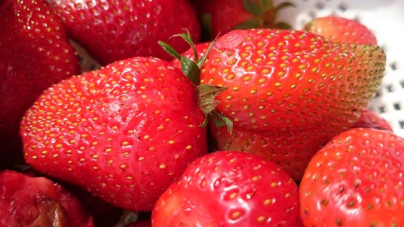 Ceny truskawek z szypułką poszły w górę